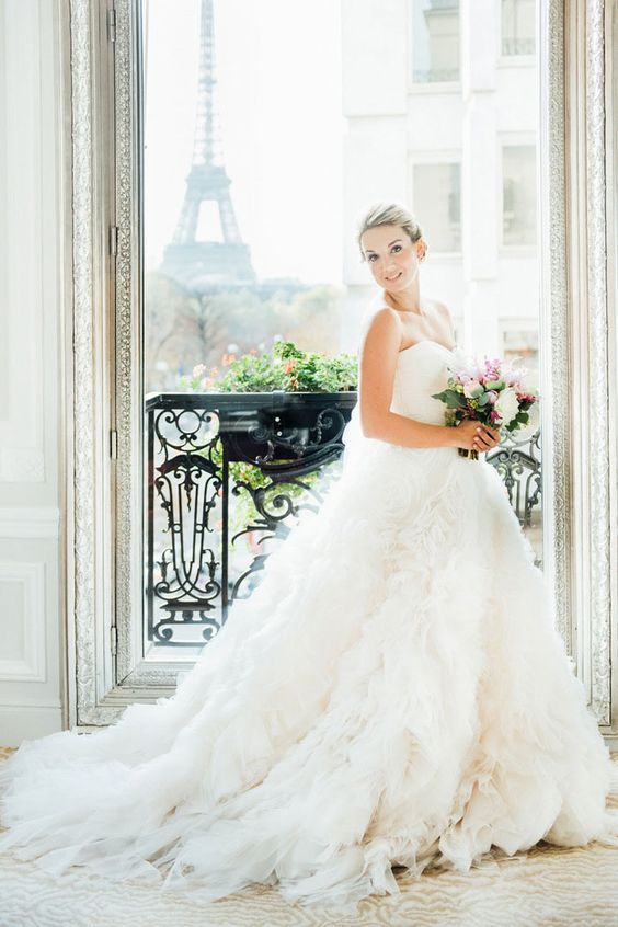 Paris Wedding: Styled Elopement