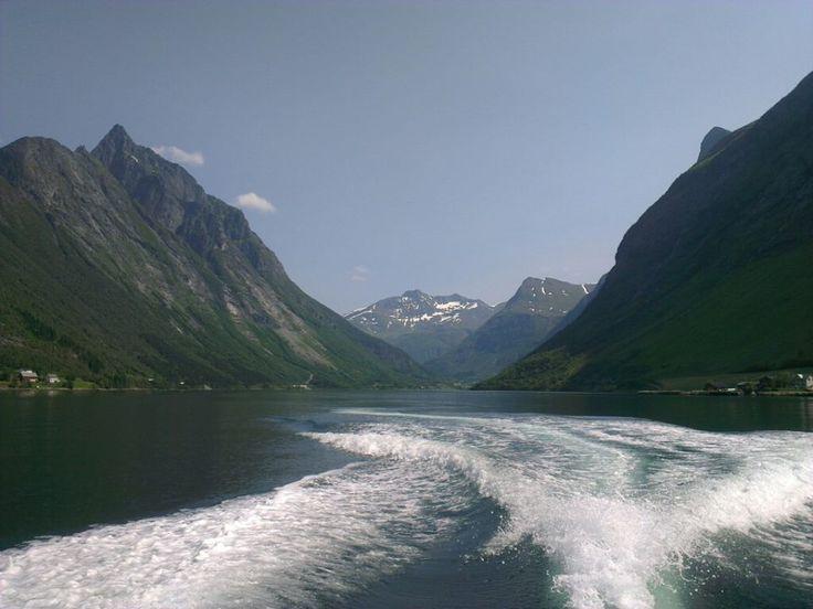 "Magical ""Hjørundfjord"""
