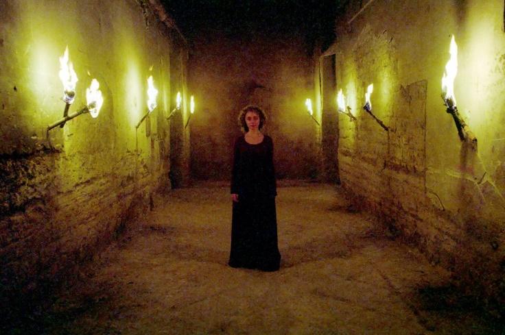 Immagine di scena tratta dal film Il Resto di Niente