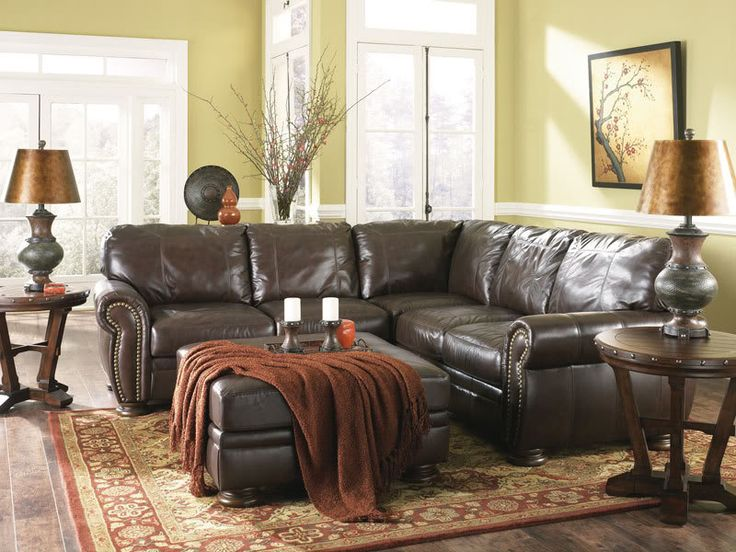 42 Best Decorating Ideas For Livingrooms With Dark Color