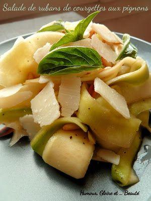 Salade de rubans de courgettes aux pignons