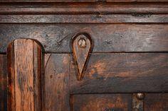 Nettoyer vos meubles en bois avec du bicarbonate