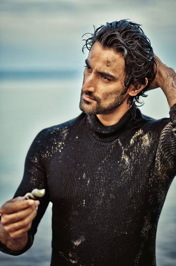 The Gorgeous Kunal Kapoor!