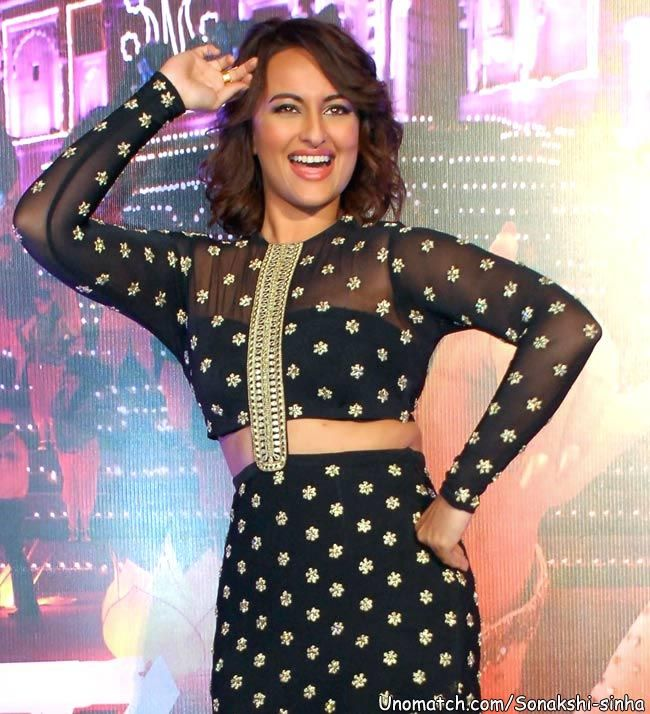 Sonakshi Sinha 'happy' with the success of 'Lingaa'  The 27-year-old actress is playing a village belle Bharathi in the K S Ravikumar directed film, which hit theatres last week....... Like : http://www.unomatch.com/sonakshi-sinha/  ✔ ✔ ★THANKS , ✔ ★ FRIENDS *, ✔ ★ FOR ★, ✔ LIKE *, ✔ ★ & *, ✔ ★COMMENTS ★  #SonakshiSinha #bollywood #Actress #celebrity #ActionJackson #fanpage #createpage