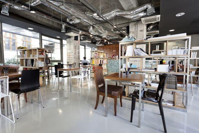 "Institute Cafe, ""punct de intalnire al comunitatii de marketing si comunicare"", Stirbei Vodă 104-106"