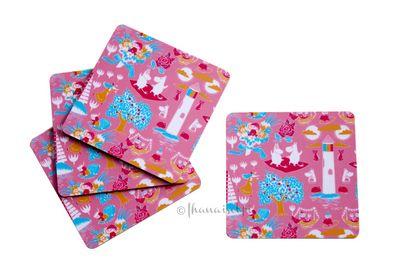 Muumi retro sarjan vaaleanpunaiset lasinaluset 4kpl setissä. Voidaan toimittaa yksistään kirjeenä 2,50e.