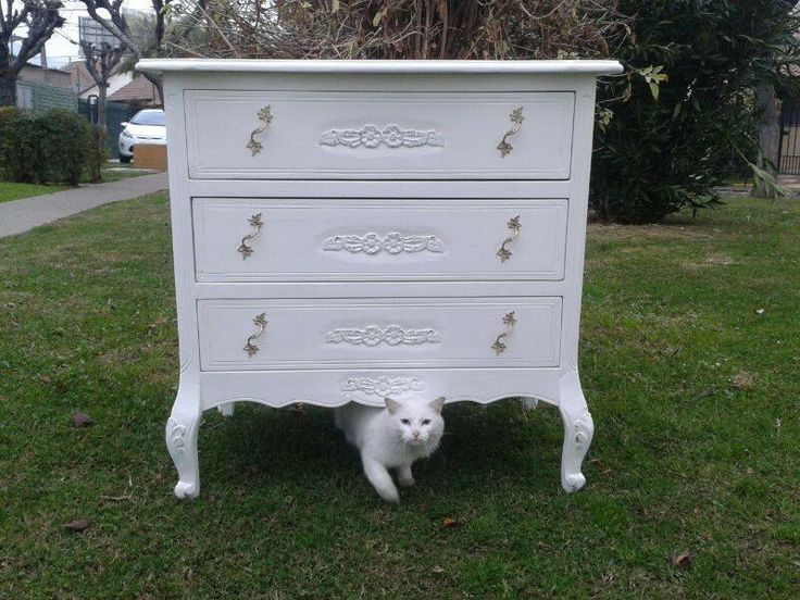 Comoda normando Gato blanco  decora muebles