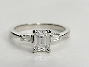 Elegant Emerald Cut Ring Settting With Tapered Baguetttes