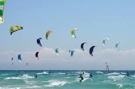 VILLA GESELL, deportes en el mar