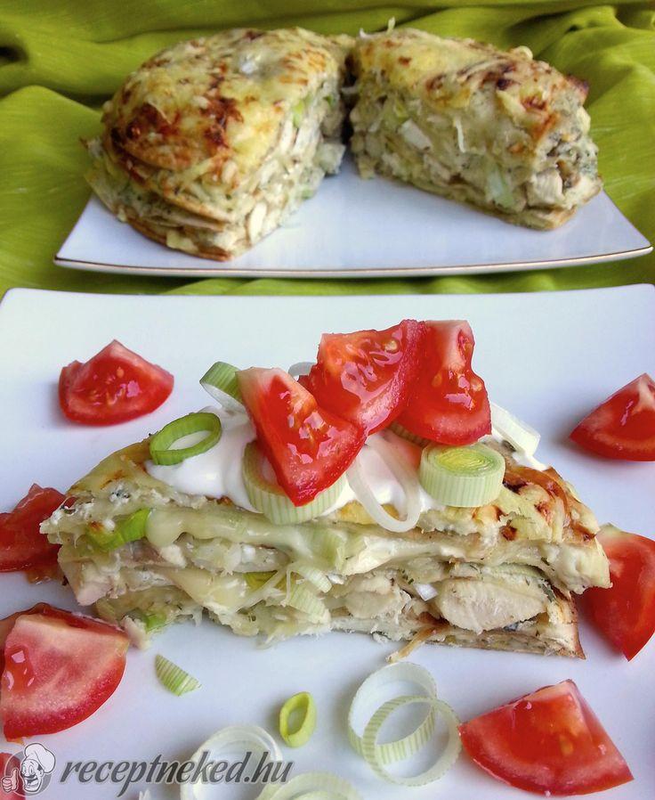 A legjobb Csirkés-sajtos rakott tortilla recept fotóval egyenesen a Receptneked.hu gyűjteményéből. Küldte: Magyarné Fekete Veronika