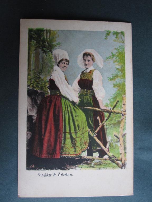 Women from Vingåker and Österåker, Södermanland.  Vintage postcard.