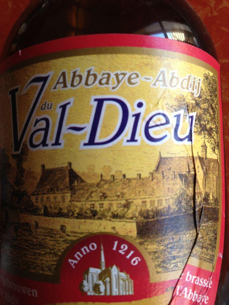 Val-Dieu Brune  Brewed by Brasserie de l'Abbaye du Val-Dieu Style: Abbey Dubbel Aubel, Belgium