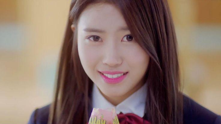 "MV ""Candy Jelly Love"": Name: Mijoo Lee Member of: Lovelyz Birthdate: 24.09.1994"