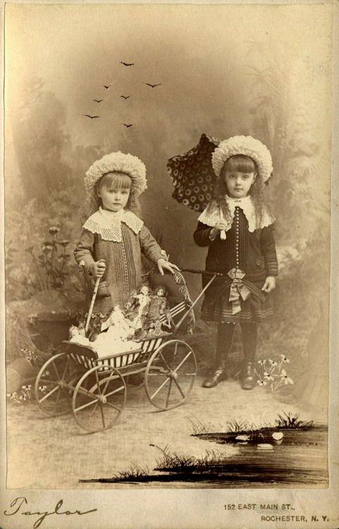 ludivinedix:  Girls with Dolls. Taylor Studio. Circa 1884-1898.