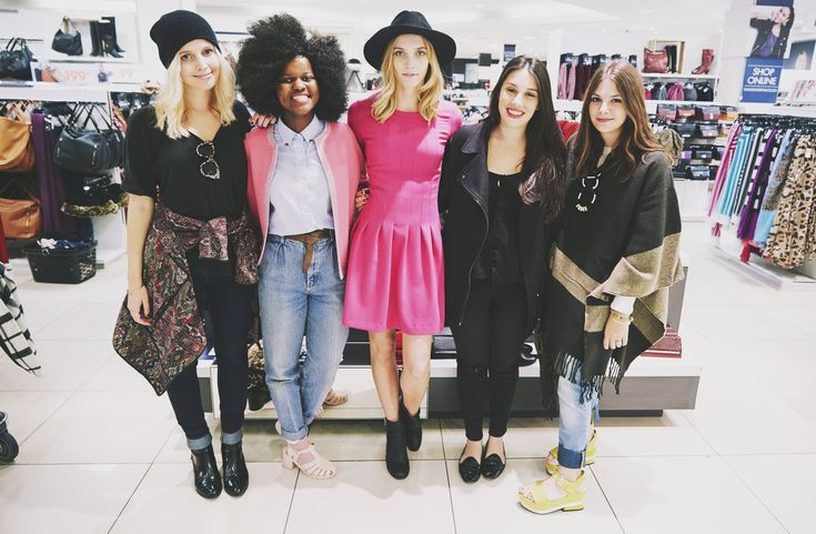 Us fashion bloggers getting our shop on at the Woolworths Winter shopping spree :) > http://www.mylifeinpink.co.za/?p=695