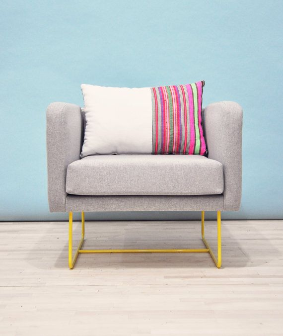 Box armchair - yellow feet
