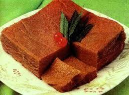 "Kue 8 Jam, kue khas Sumatera Selatan ini dikatakan ""Kue Delapan Jam"" karena proses pembuatannya memang memakan waktu sebanyak 8 jam. Kue khas Palembang ini juga sering disajikan sebagai sajian untuk tamu kehormatan dan sering disajikan di hari raya."