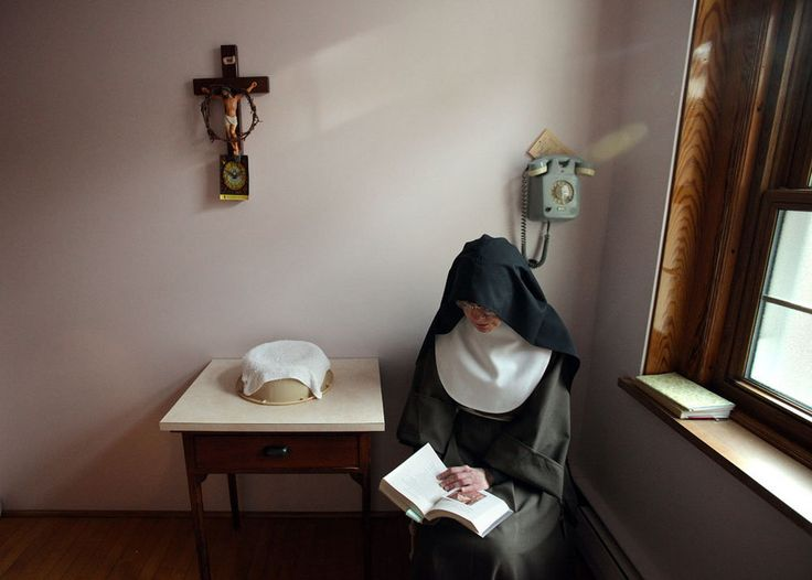 the nuns priest essay Diagnostic essay: the nun's priest's tale in the allegorical poem the nun's priest's tale taken from geoffrey chaucer's the canterbury tales, sophisticated subjects—such as the meaning of dreams and the concept of free will—are discussed amongst the characters.