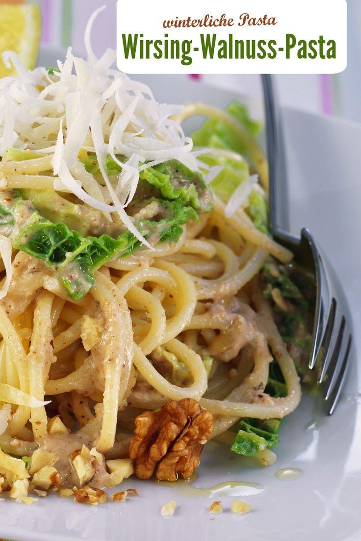 Winterliche Wirsing-Walnuss-Pasta wirkt Wunder bei Winterblues!| Zeit: 40 Minuten | Kalorien: 675 kcal |