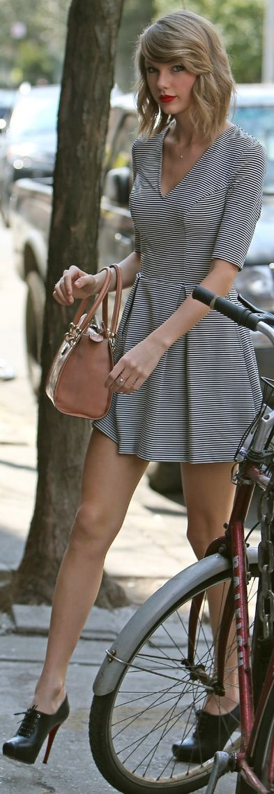 Long sleeve black and white striped dress black heeled brogues and nude Prada handbag Please Follow Us @ http://22taylorswift.com #22taylorswift #taylorswift #22taylorswiftcom