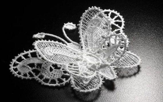 Russian bobbin lace. #beauty #design #lace #Russian