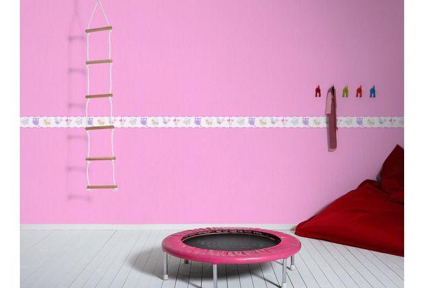 Pink ist das neue schwarz! Besonders ist diese Tapete bei Mädchen beliebt. Diese knallige Farbe lässt sich auch schön mit einer dezenten Borte kombinieren. #ThinkPink #Kind #Kinderzimmer #Eulen #Tapete #Wanddekoration #Hertie  AS Création