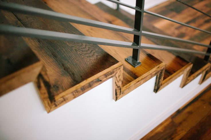 The cordelle stairs and floor by good wood nashville for Hardwood floors nashville