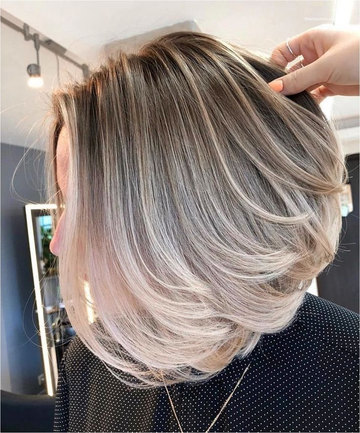 50 Short Layered Bob Haircuts with Side Swept Bangs That ...
