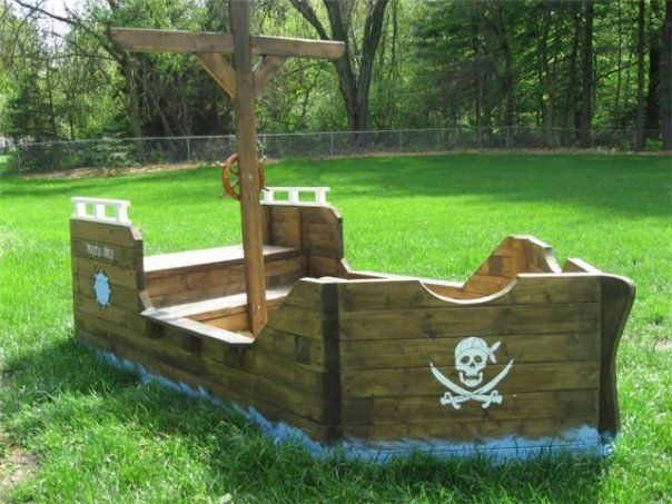 My brother made the coolest sandbox ever!