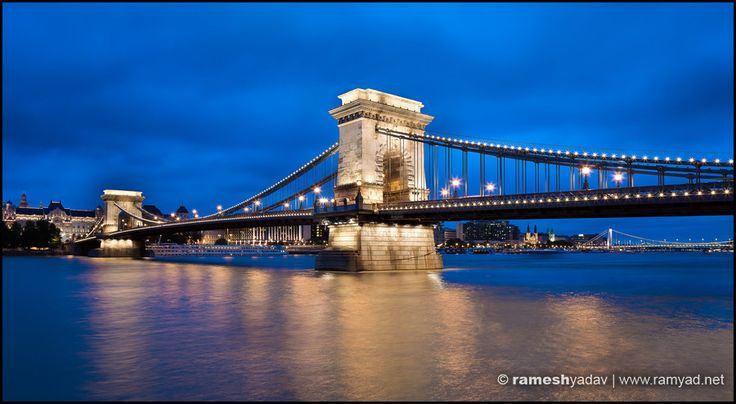 Chain Bridge at night - Budapest, Hungary