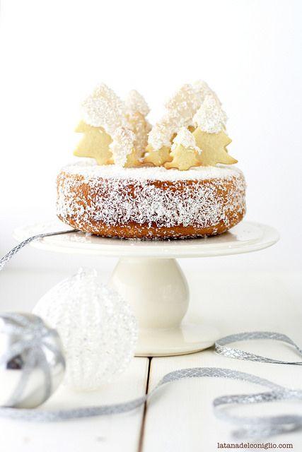 Coconut and Rum Moist Cake | La Tana del Coniglio