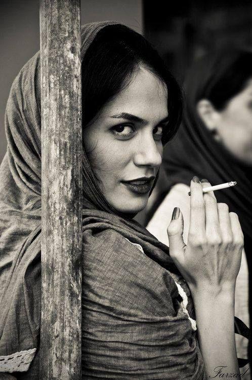 Iranian women give Mona Lisa a run for her money !! http://www.pinterest.com/lornamancan/middle-eastarabislam/