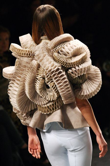 Most Bizarre couture from Paris Fashion Week