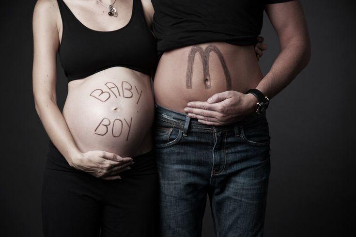 Funny Maternity Photography Outdoors   Funny Friday – I'm Lovin' It!