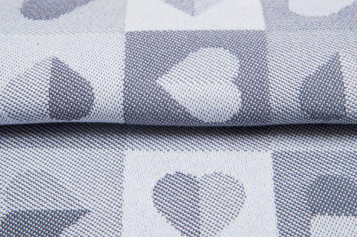 Heartbeat Silver #weavingstudio #fabricart #cottonfabric #heartbeat #grey #silver