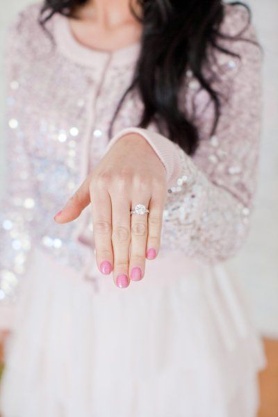 Engagement ring: Engagement Parties, Nails Colors, Pink Nails, Dresses, Rings Shots, Wedding Rings, Dreams Rings, Photo, Engagement Rings