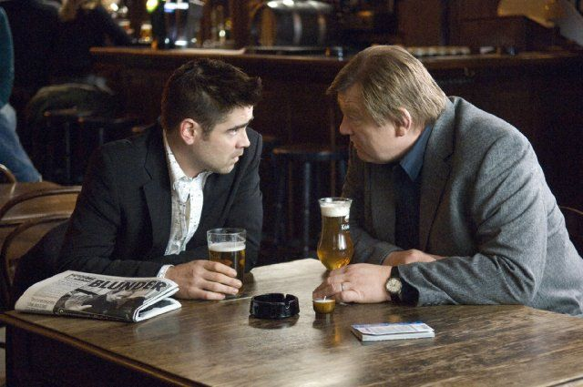Still of Colin Farrell and Brendan Gleeson in In Bruges (2008)