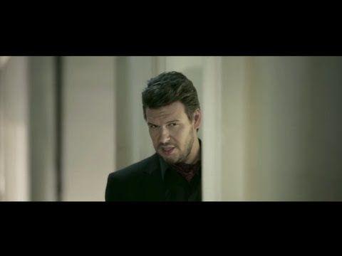 ▶ Πάνος Κιάμος - Δεν θέλω επαφή | Panos Kiamos - Den thelo epafi - Official Video Clip - YouTube