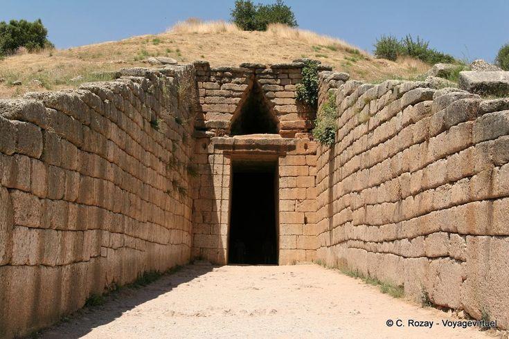 Tesoro di Atreo, entrata della tomba. II secolo a.C. Micene, Heinrich Schliemann