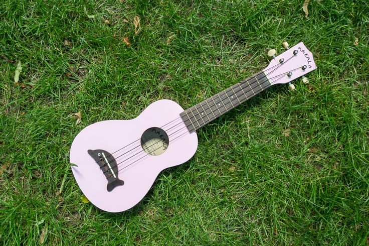 6. MX Music (Pasaż +2) - ukulele firmy Makala