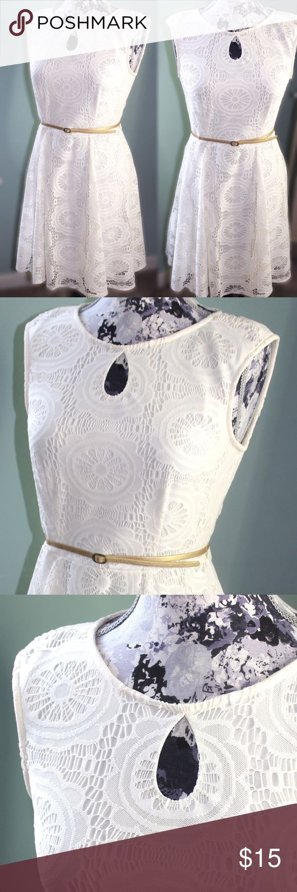 London Style Collection White Belted Dress Very cute dress! No flaws. Zips in back. Comes with thin gold belt Dresses Mini