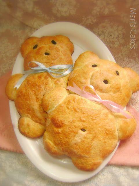 Teddy Bear Bread - Mari's Cakes (English)...How cute are these(;