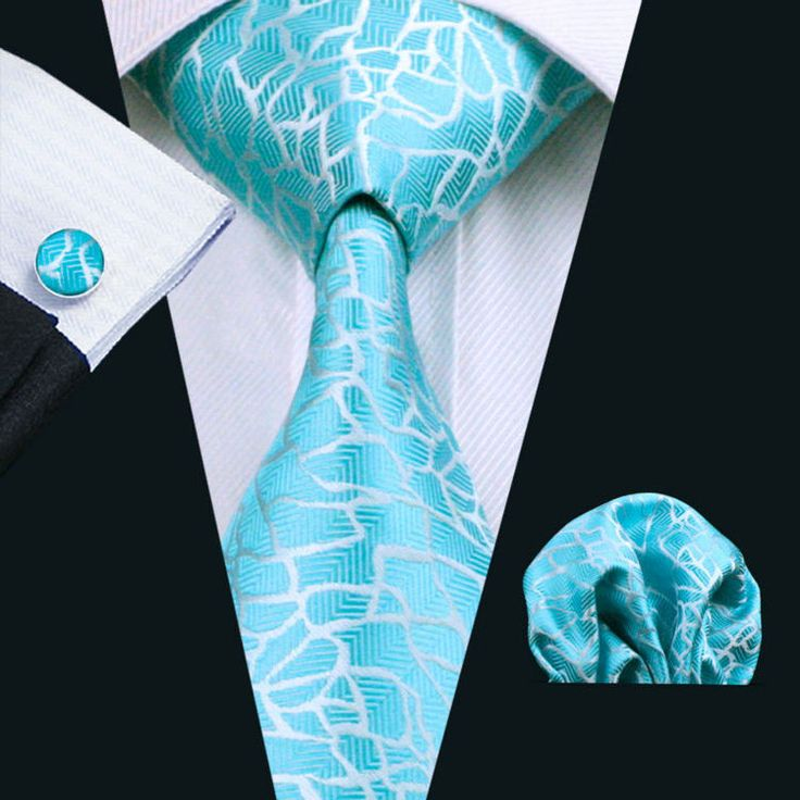 Pocket Square - Woven Jacquard silk in solid light blue Notch II40X
