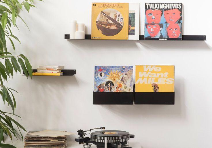 Véritablement adaptée au rangement des vinyles 33T et 45T, TEEnyle pare aujourd'hui les murs des férus de musique avec raffinement et discrétion.