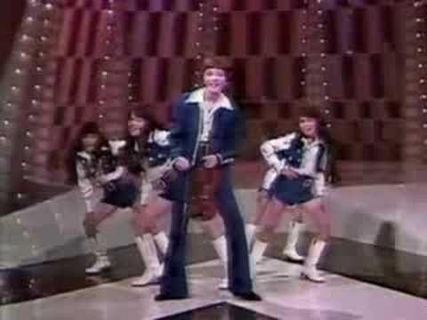 """▶ Lorenzo Antonio y su Grupo """"Vamos A Jugar"""" Juguemos A Cantar 1982 - YouTube"""