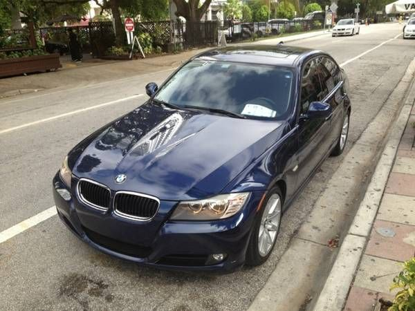 Make BMW Model 328i Year 2011 Body Style Car Exterior
