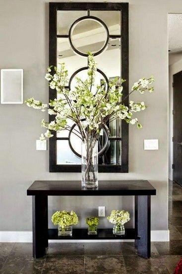 15 Inspiration And Ideas To Get A More Contemporary Foyer   Interior Design Inspiration. Home Decor. #foyer #homedecor Find more here: https://www.brabbu.com/en/inspiration-and-ideas/interior-design/inspiration-ideas-contemporary-foyer/2