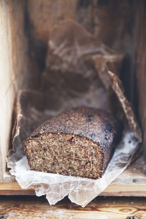 Grovt rågbröd med lingon   Det gröna skafferiet