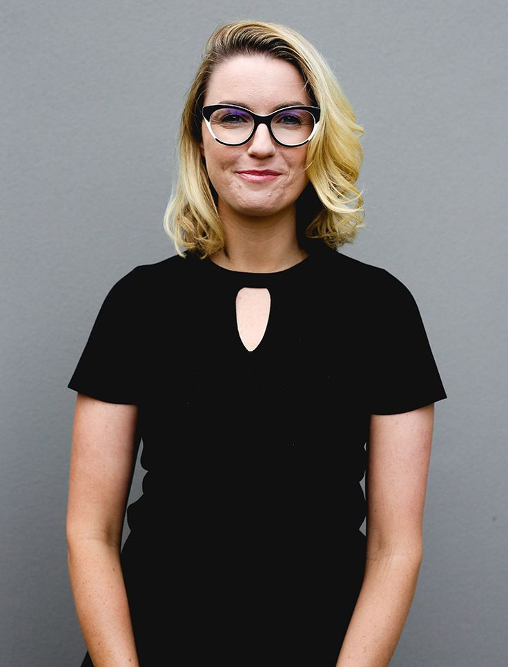 Danielle Lewis | Influencer Keynote | Enhance Entertainment