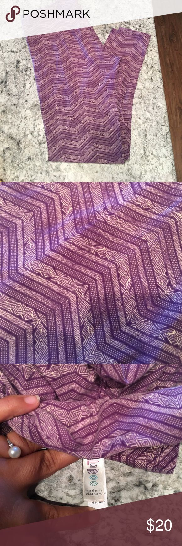 Lularoe Leggings Size TALL and Curvy, TC, EUC, purple chevrons LuLaRoe Pants Leggings